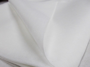 Подлепващ материал  Руселин Т 40, бял, топ - 100 м.